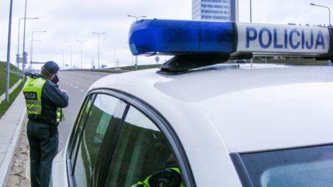 Miesto centre sulaikytas agresyviai nusiteikęs, neblaivus automobilio vairuotojas