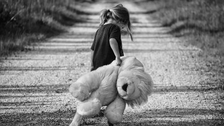 Pasvaliečiui – kaltinimai dėl seksualinių nusikaltimų prieš vaikus