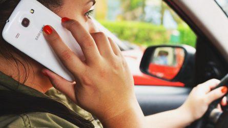 72 proc. lietuvių prisipažino vairuodami užsiimantys pašaline veikla