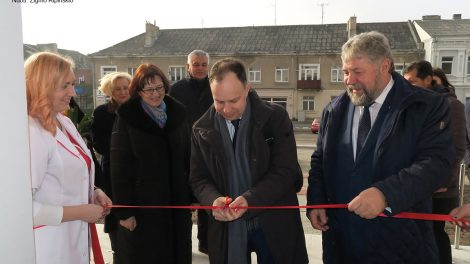 Sveikatos priežiūros įstaigų darbui Kuršėnuose dėmesį parodė ministras A. Veryga
