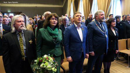 Šiaulių rajono garbės piliečio regalijos įteiktos Ramūnui Karbauskiui