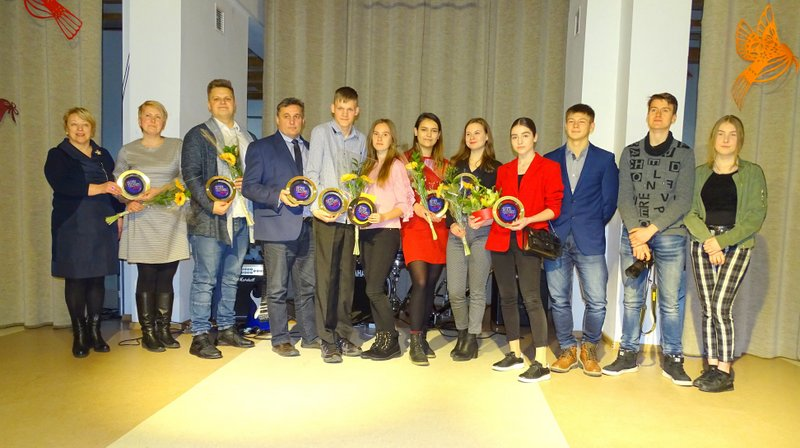 Įteikti Kelmės krašto jaunimo apdovanojimai 2018