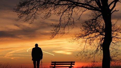 Pasvaliečiui – nemalonumai dėl išpuolių prieš tėvą