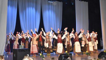 Kovo 11-ąją – lietuvių liaudies šokių ritmas ir žemaitiška tarmė