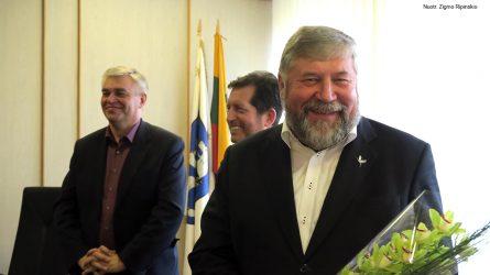 Rinkėjai savo balsais antrajai kadencijai Šiaulių rajono savivaldybės meru išrinko Antaną Bezarą