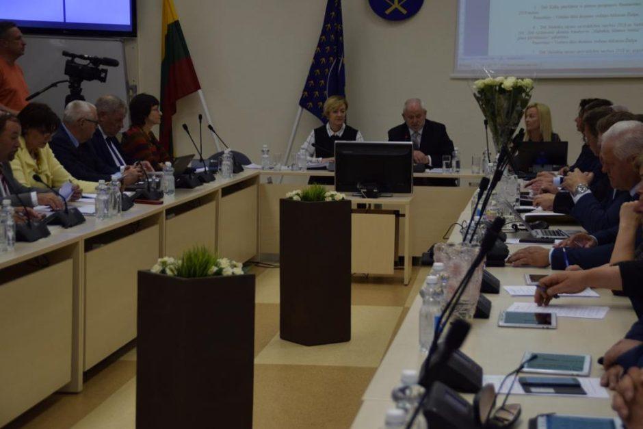 Savivaldybės tarybos posėdyje daugiausia diskusijų – dėl mokyklų reorganizavimo ir likvidavimo
