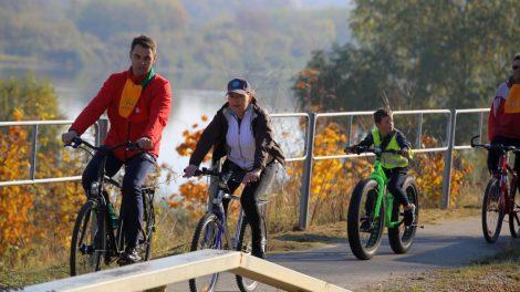 """""""CityBee"""" žengia į Kauno rajoną su dviračiais ir paspirtukais"""
