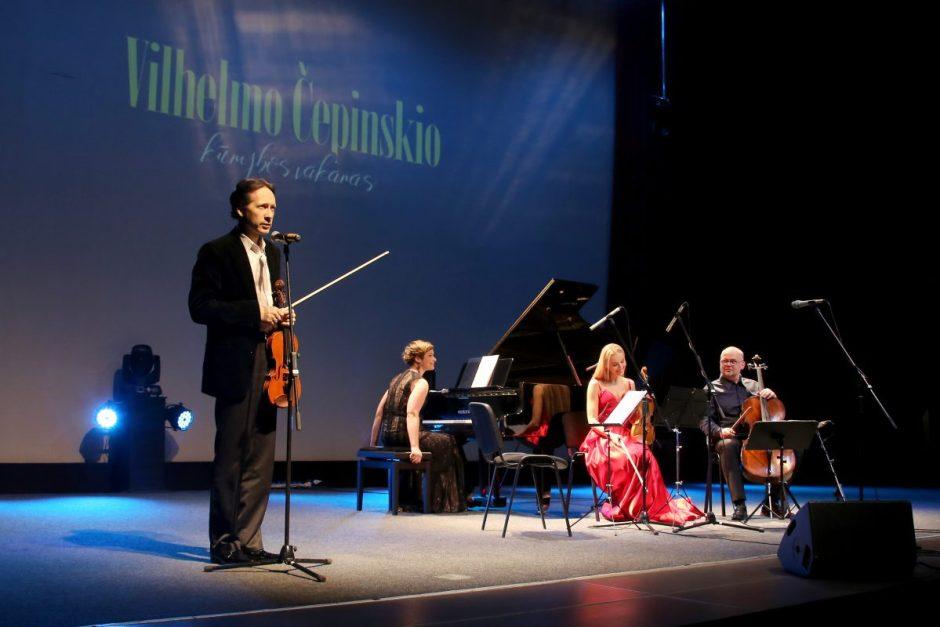 """Koncertas """"Vilhelmo Čepinskio kūrybos vakaras"""" sulaukė didžiulio publikos palaikymo"""