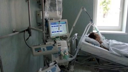 Širdį veriantis motinos prašymas: Padėkite mano vaikas miršta