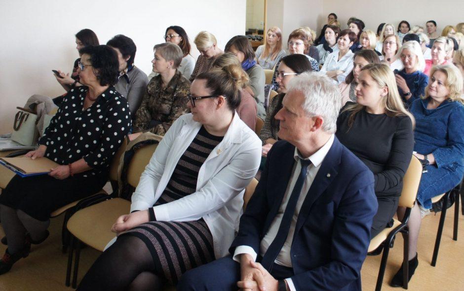 Akušerių konferencijoje įvertinti pasiekimai ir aptarti ateities planai