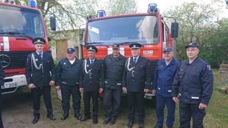 Vilkijos ugniagesių komandos skyrininkui Matui Dainorui patinka skubėti į pagalbą