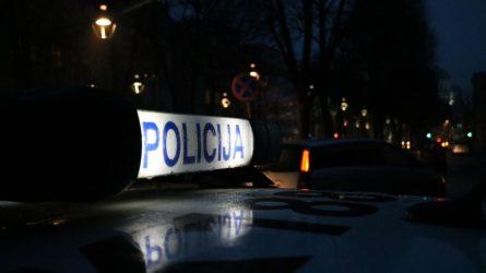 Į automobilį vilkiko vairuotoją įsisodinęs asmuo - sulaikytas