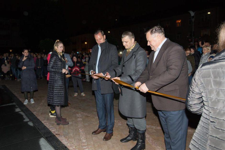 Tauragės mieste – naujas grojantis ir šviečiantis fontanas