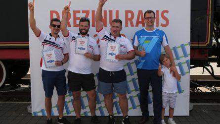 """""""Jūros šventės"""" dalyviams – egzotiškos lenktynės geležinkelio bėgiais"""