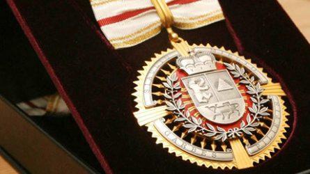 Kviečiame teikti kandidatūras Miesto garbės piliečio vardui suteikti