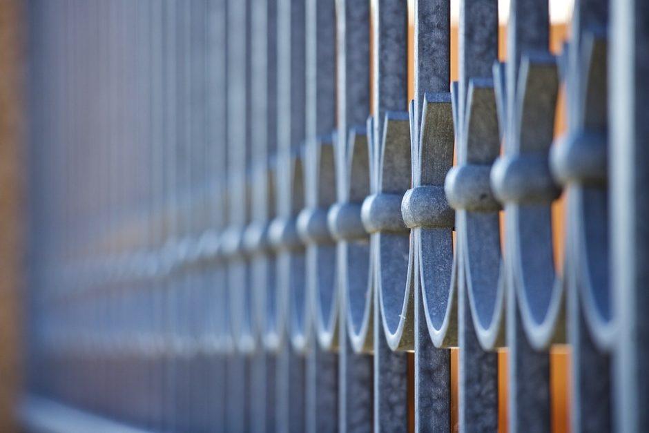 Ginant viešąjį interesą priimtas sprendimas dėl verslininkų kivirčą sukėlusios tvoros