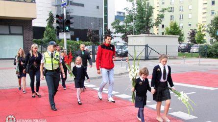 Policijos prioritetas rugsėjo mėnesį – moksleivių saugumas keliuose