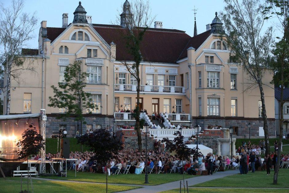 Operos solistės iš Sakartvelo ir simfoninio orkestro koncertas uždarys vasaros festivalį