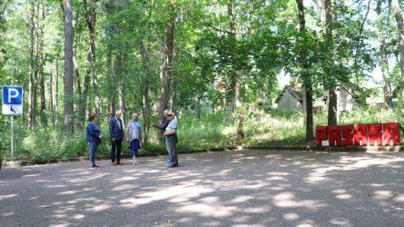 Kukuliškių kaime – stovėjimo aikštelė neįgaliųjų automobiliams