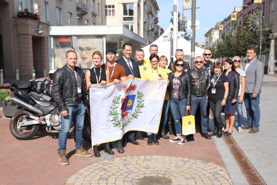 Šiaulių motociklininkai išvyko į Baltijos keliui skirtą ralį