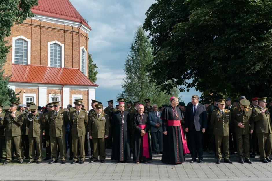 Švč. M. Marijos Gimimą didžiuosiuose atlaiduose šventė Lietuvos kariuomenė