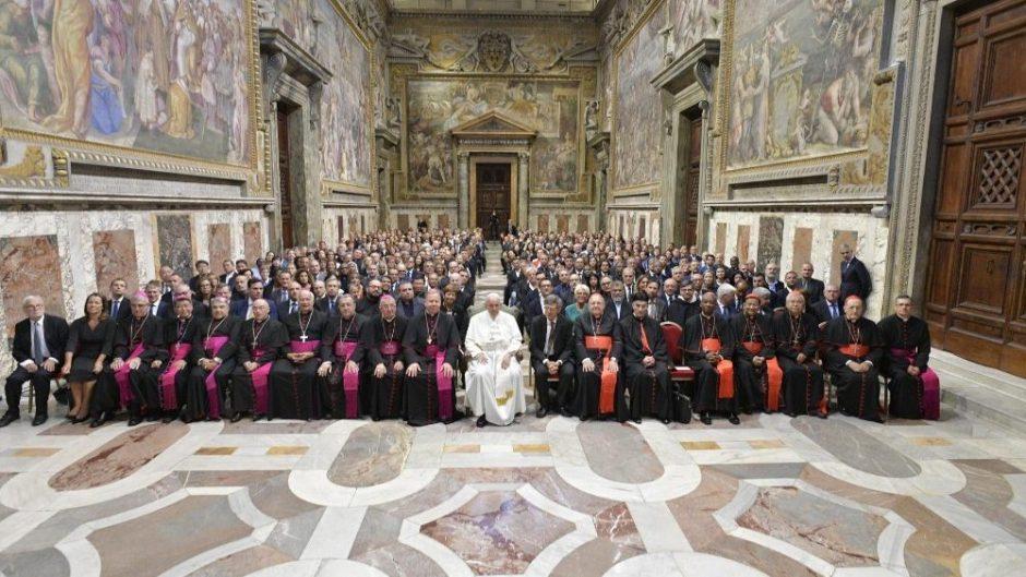 Popiežius: krikščioniška žiniasklaida – ne reklama, bet skelbimas ir liudijimas