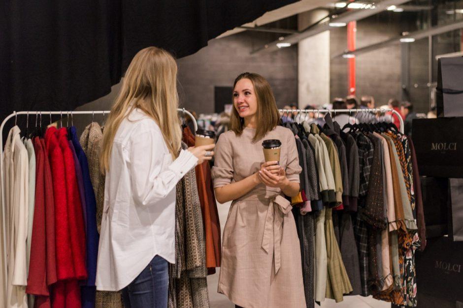 """""""Fashion bazaar IŠPIRKTUVĖS"""" vilios didžiųjų miestų stileivas"""