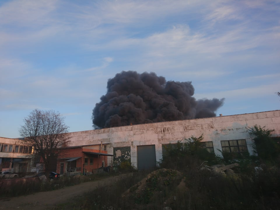 Dėl gaisro Alytuje skelbiama ekstremali situacija