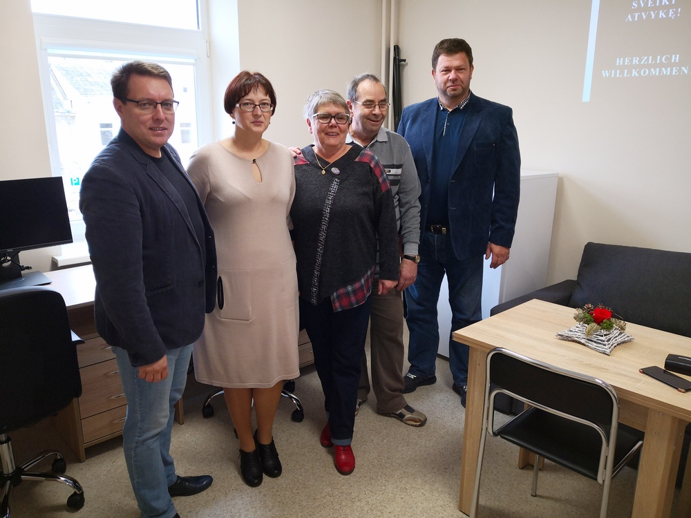 Rėmėjų iš Vokietijos dėka Kuršėnų ligoninėje įrengtas gydytojų kabinetas, įsigyta įrangos