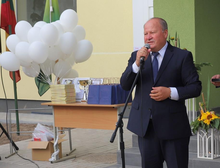 Kauno rajono meras V. Makūnas: mes neskirstome vaikų į savus ir svetimus