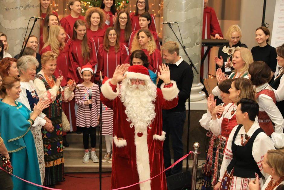Sostinėje apsigyveno Kalėdos – ko nepraleisti pirmąją festivalio dieną