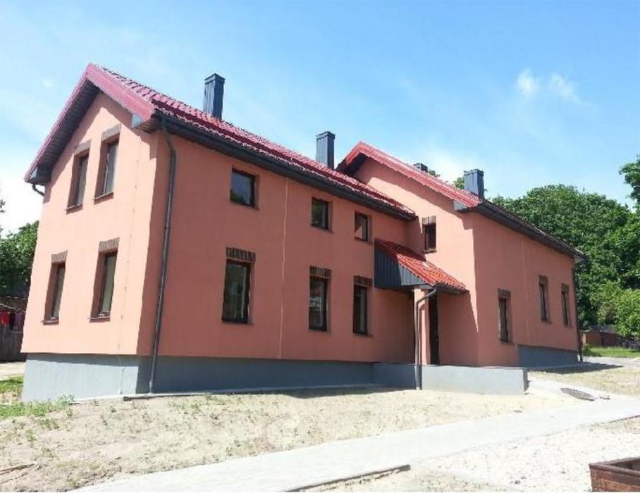 Socialinio būsto paskirties keitimo į daugiabutį gyvenamąjį namą Tirkšliuose projektinių pasiūlymų svarstymas su visuomene