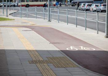 Važiuoti Naugarduko gatve dviračiu taps saugiau ir patogiau