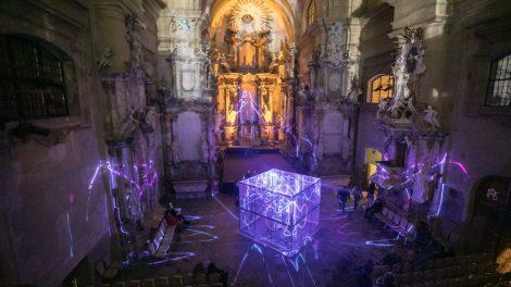 Antrajame Vilniaus šviesų festivalyje nušvis sostinės kiemai