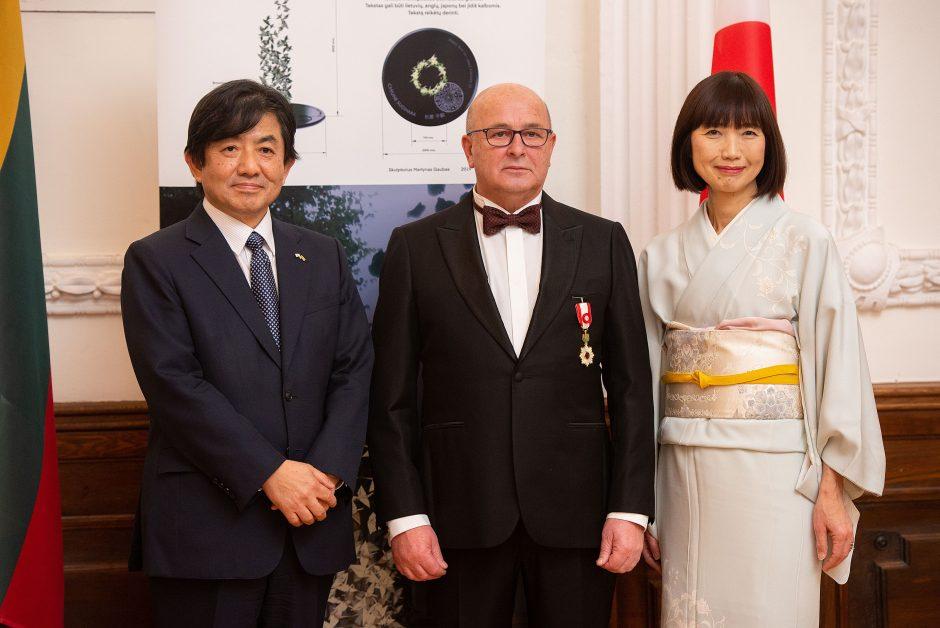 Kauno merui Visvaldui Matijošaičiui įteiktas garbingas Japonijos apdovanojimas