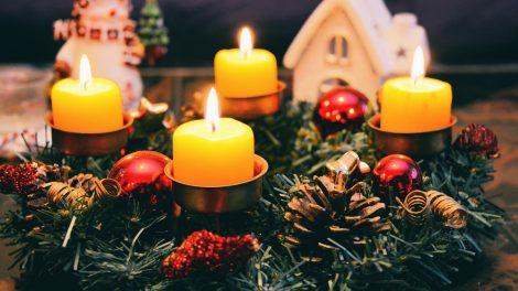 Ką mums primena Advento vainiko žvakės?