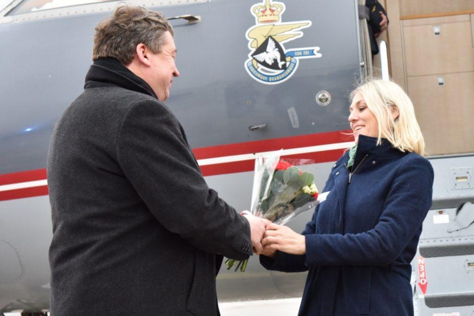 Lietuvos ir Danijos gynybos ministrai Šiauliuose pabrėžė dvišalio stiprinimo svarbą