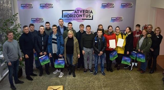 Pasveikinti mokiniai konkurso nugalėtojai