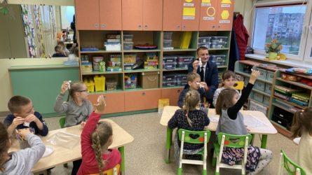 Šiaulių meras lankosi metų mokytojų pamokose