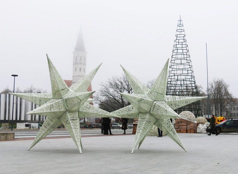 Šviečiantys Šiauliai pradeda laukti Kalėdų