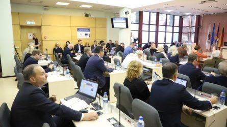 """Vyriausybės atstovas atsisakė savo reikalavimų, susijusių su UAB """"Pabalių turgus"""" akcijų privatizavimu"""