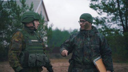 Krašto apsaugos ministras Pabradėje aplankė NATO karius