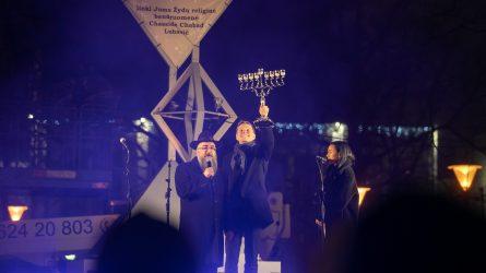 Vilniuje prasidėjo Chanukos šventė – uždegta Didžioji Menora