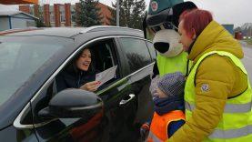 Mokinukai ragina vairuotojus koreguoti stabdymo įpročius