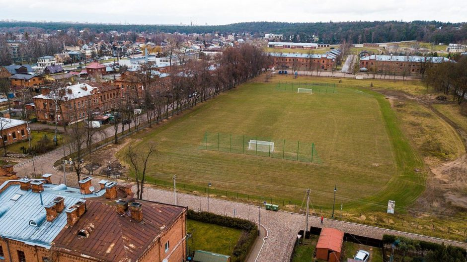 Po 25 metų Kaune atgimė istorinis futbolo stadionas