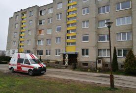 Neutralizuotas daugiabučio namo bute aptikas sprogmuo