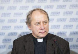 Šiemet Vilniaus garbės piliečiu tapo kunigas Julius Sasnauskas