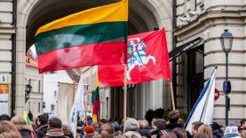 """Kviečiame dalyvauti tradicinėje Vasario 16-osios jaunimo eisenoje """"Lietuvos valstybės keliu"""""""