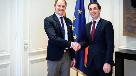 """Lietuva siekia užsitikrinti Prancūzijos paramą projekto """"Rail Baltica"""" finansavimui"""