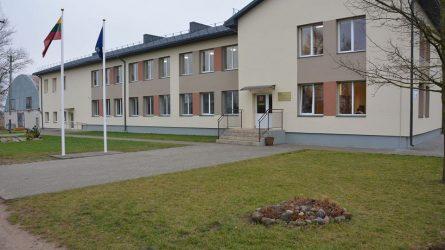 Rajono valdžia kaimo bendruomenes motyvuoja uždarydami mokyklas